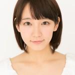吉岡里帆は母と顔がそっくり!話題のグラビアの前に彼氏と別れた?
